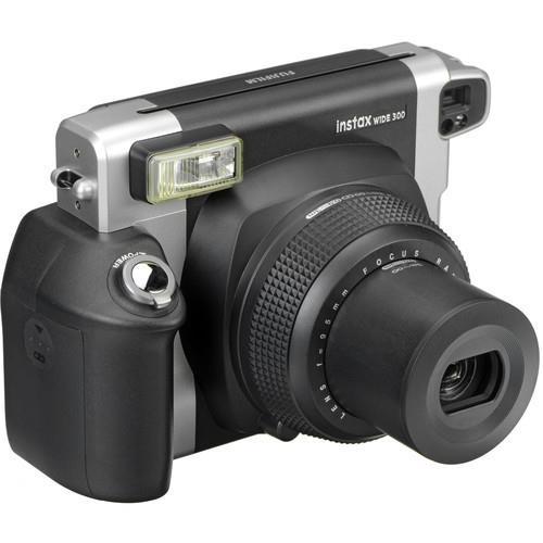 מצלמה פיתוח מיידי Fujifilm INSTAX Wide 300 Instant Film Camera
