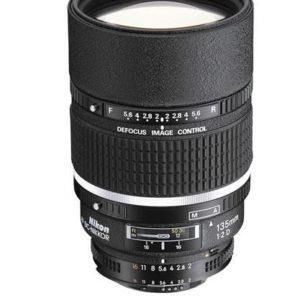 עדשה Nikon AF DC-Nikkor 135mm f/2D