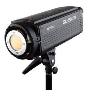 תאורת לד רציפה Godox SL-200W 200WS