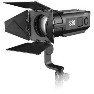 תאורת לד Godox S30 Led With Barndoors